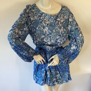 Free People top open back pockets Small blue